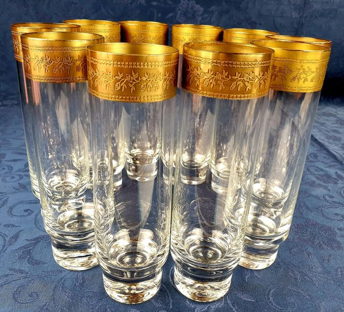 Beautiful set of crystal glasses with wide gold band (10)