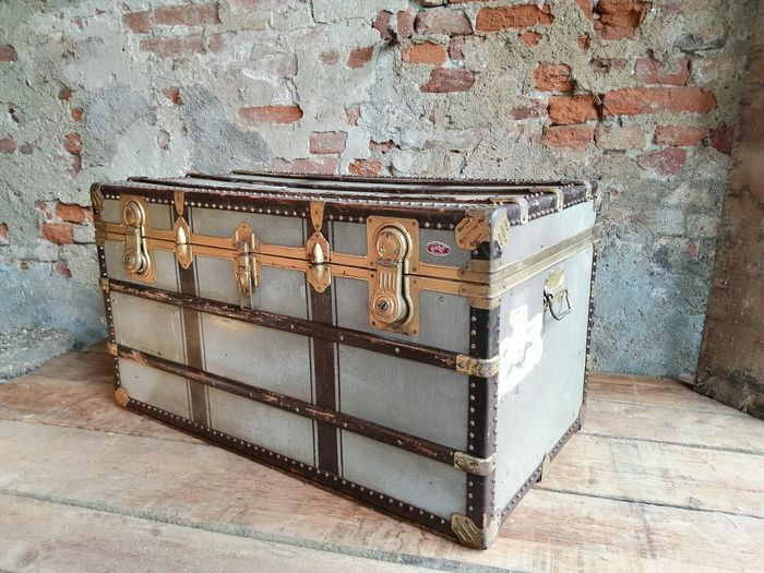 Italian Grand Voyage trunk from the 1950s