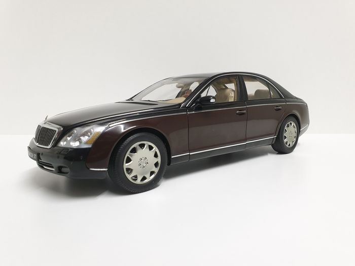 Autoart - 1:18 - Mercedes Benz - Maybach 57 Two Tone New Extremely RARE