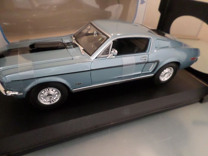 Maisto  Special  Edition - 1:18 - Ford Mustang GT Cobra Jet /// 1968