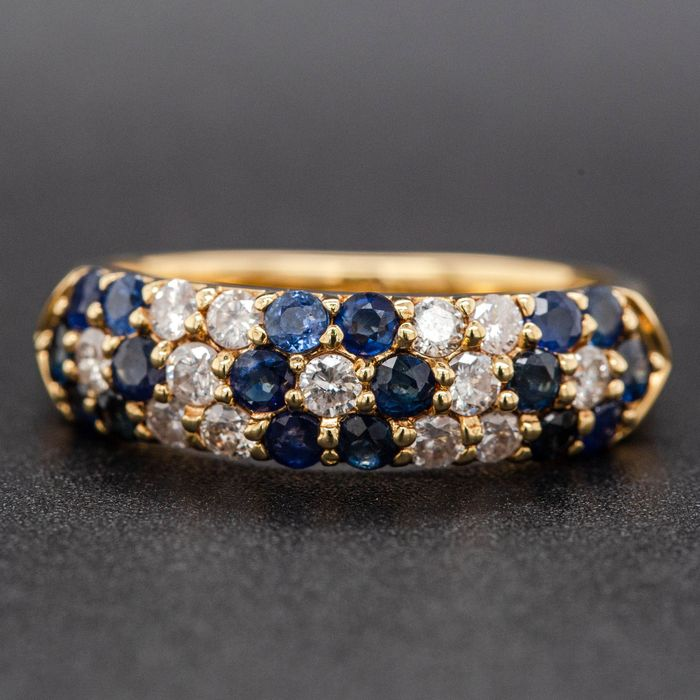 18 kt. Yellow gold, 4.39g - Ring - 0.75 ct Sapphire - 0.30 ct Diamonds - No Reserve Price