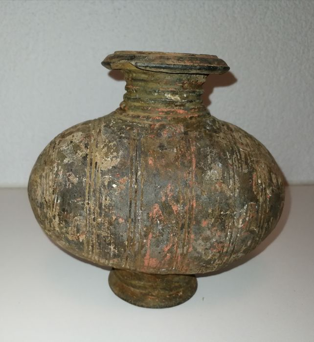 Vaas, Cocoon jar - Terracotta - China - Western Han Dynasty