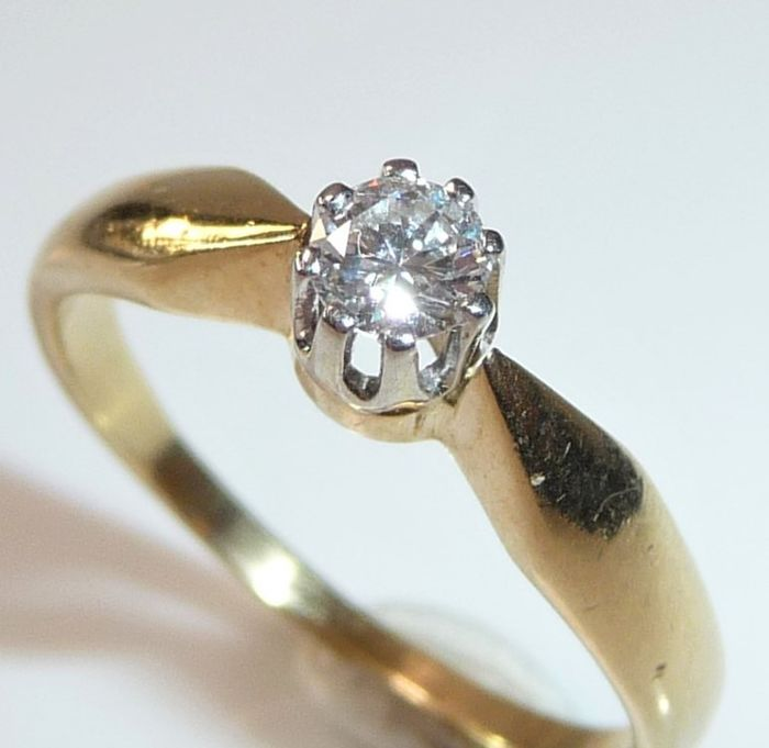 14 kt. Yellow gold - Ring, Engagement ring - 0.18 ct Diamond Solitaire