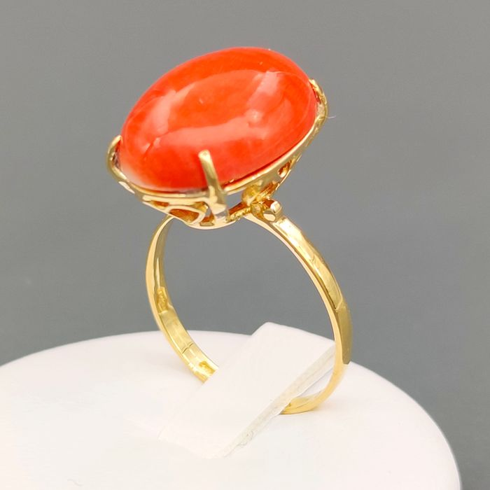 18 kt. Yellow gold, Red Coral - Ring