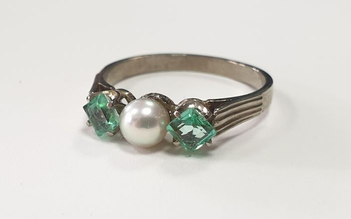 19,2 kt. Gold - Ring - 0.46 ct Emerald - Pearl