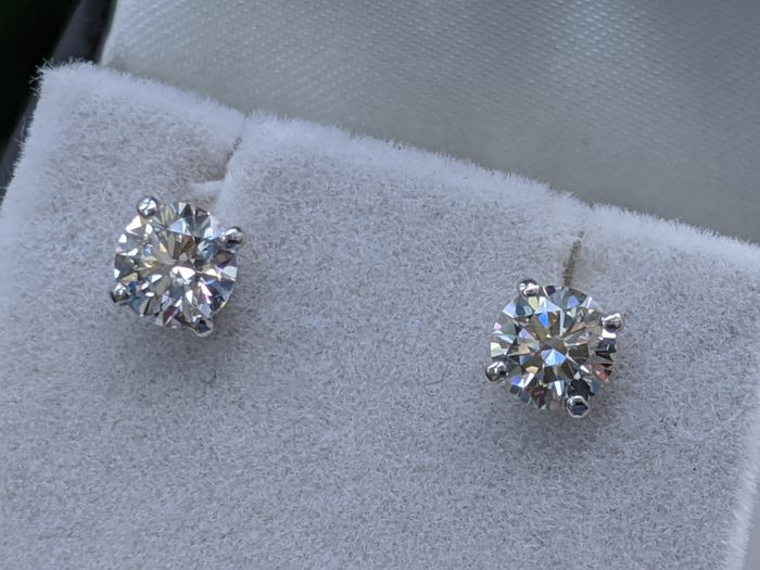 G VVS2 1 Carat Diamond Earrings - 14 kt. White gold - Earrings - 1.02 ct Diamond - Screw Back