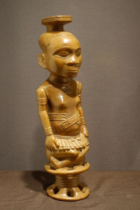 Sculpture - Wood - Ndop- No Reserve Price - Shoowa-Kuba - Congo DRC