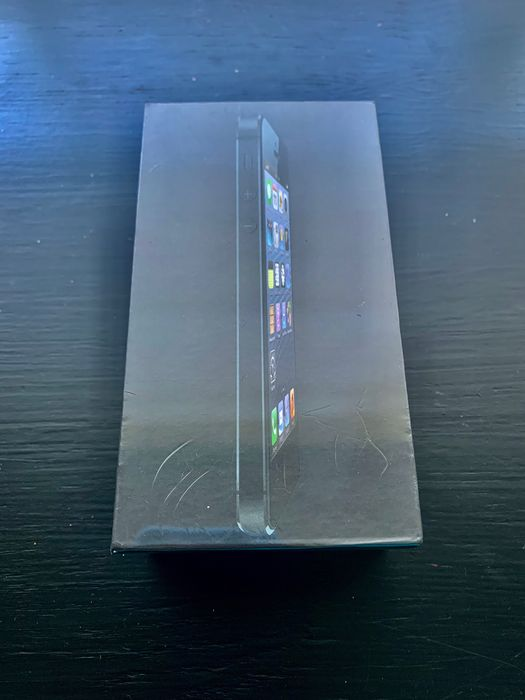 Apple iPhone 5 new sealed - iPhone