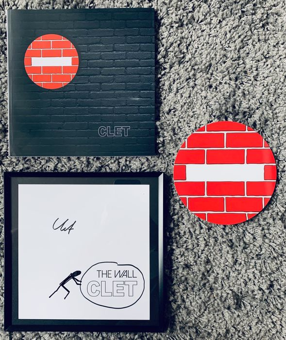 Clet Abraham - Book & Original Drawing 'The Wall' & signed invitation card - 2019