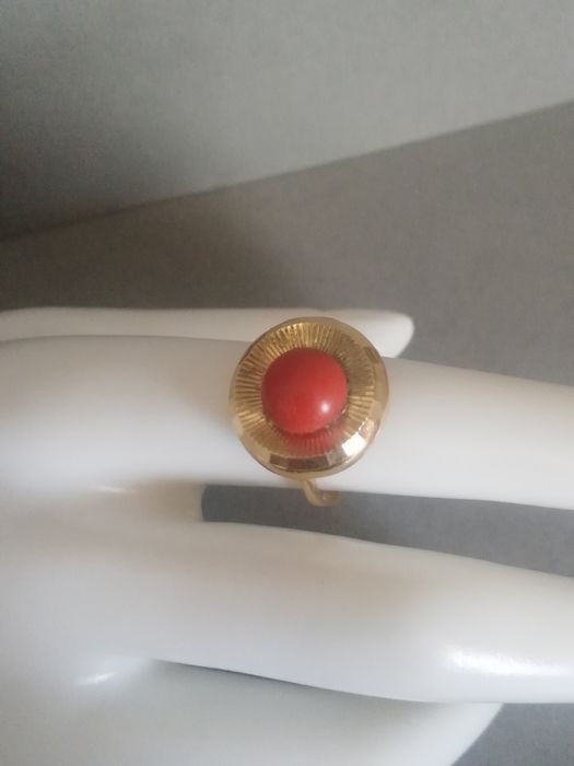 18 kt. Yellow gold - Ring coral of the mediterranean