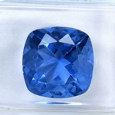 Color Changing - Fluorit - 4.95 ct