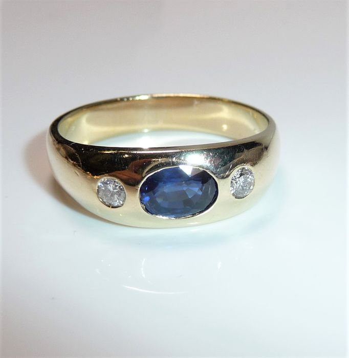 Quinn - 14 kt. Gold - Ring - 1.00 ct Sapphire and 0.18 ct. diamonds