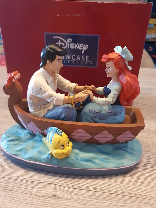 """Disney Showcase Collection - Beeldje - Disney Traditions - The Little Mermaid - """"Waiting for a kiss"""""""