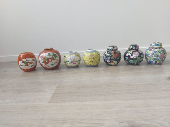 Jars (7) - Porcelain - China - Second half 20th century