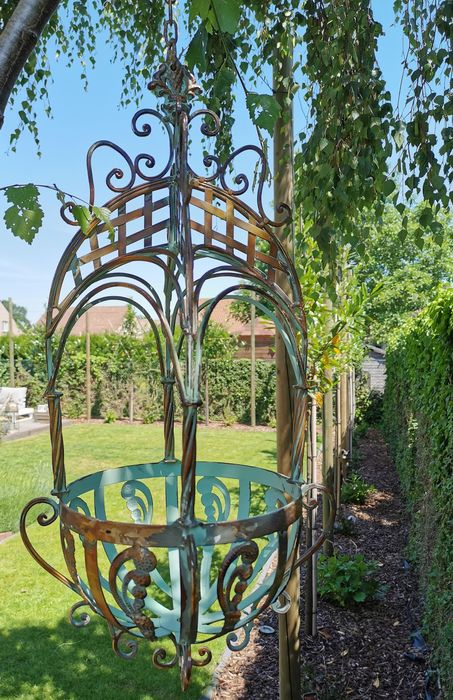 Wrought iron plant hanger - Iron (cast/wrought) - recent