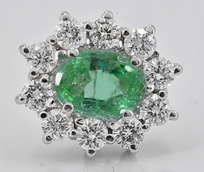 18 kt. White gold - Earrings - 1.88 ct Emerald - 1.03 ct Diamonds