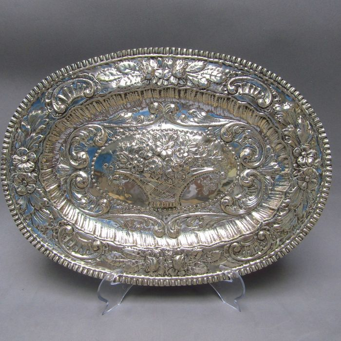 Salver - Silver, Law 925 - 312 gr. - Europe - Mid 18th century