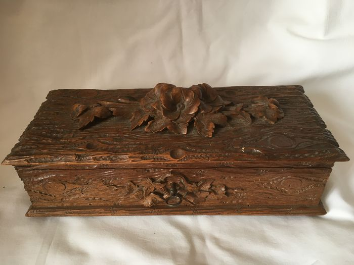 Black Forest jewelry box - Wood - Late 19th century