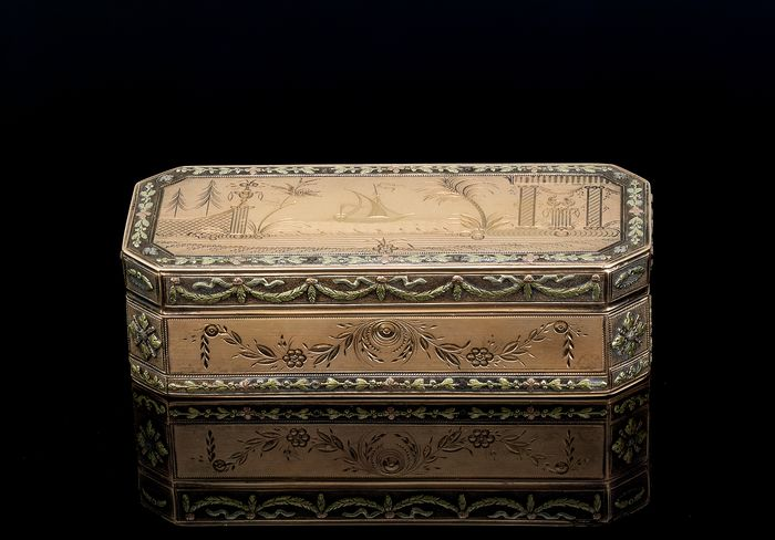 Box - 18K yellow gold - France - late 18th/early 19th century