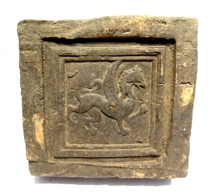 Post-medieval Ceramic 16th / 17th century renaissance tile - with relief decoration of a winged horse - 10.1×9.7×3.5 cm