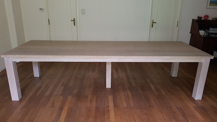 Table, 320 cm