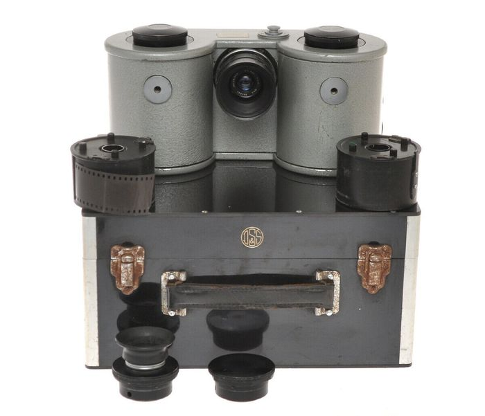 "D. Shackman & Sons rare The Research Automatic Camera MKII with Dalmac 2"" F:3.5 and box, exc++"