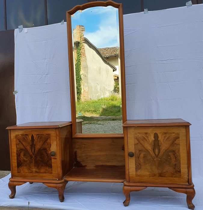 1940 console table