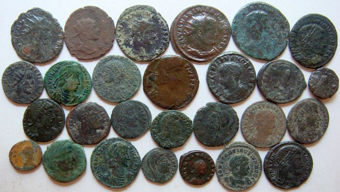 Römisches Reich - Lot of 27 x AE Roman Coins (3rd - 4th century AD), mostly Constantine dynasty, AE4 up to Antoniniani - Bronze, Kupfer