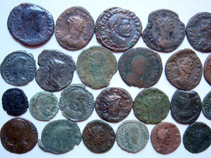 Roman Empire - Lot of 29 x AE Roman Coins (3rd - 4th century AD), mostly Constantine dynasty, AE4 up to Antoniniani - Bronze, Copper