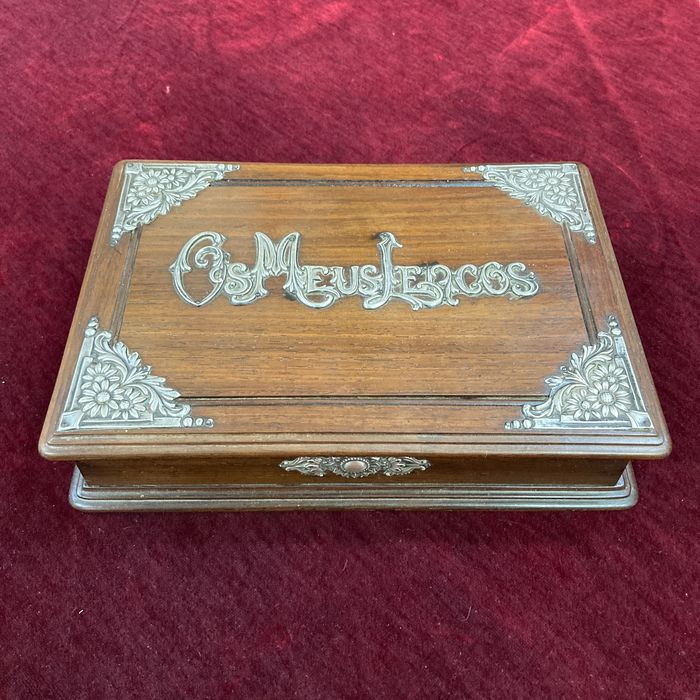 Beautiful and large box in holy wood and silver - Satinwood, Silver - Late 19th century
