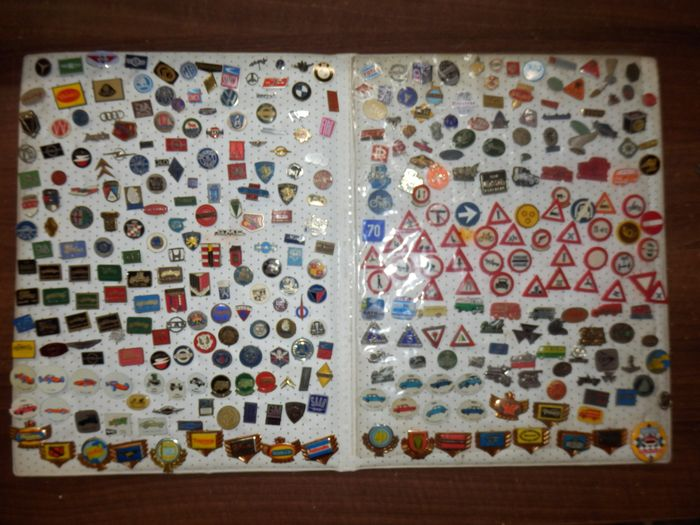 Collection of car pins - Diverse merken