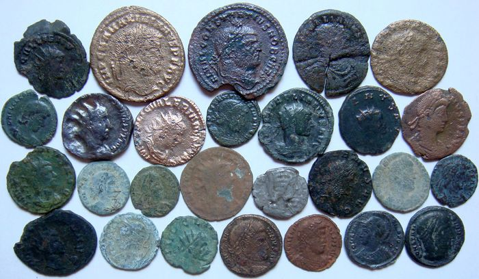 Római Birodalom - Lot of 27 x AE Roman Coins (3rd - 4th century AD), mostly Constantine dynasty, AE4 up to Antoniniani - Bronz, Ezüst, Réz