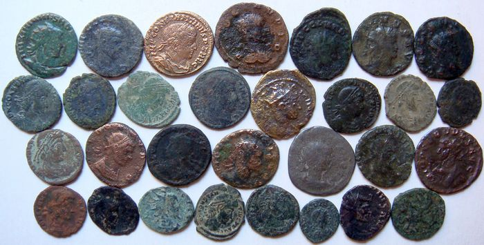 Roman Empire - Lot of 30 x AE Roman Coins (3rd - 4th century AD), mostly Constantine dynasty, AE4 up to Antoniniani - Bronze, Copper