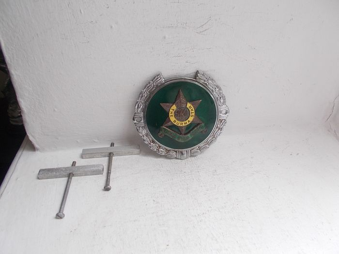 Badge - Vintage The Burma Star Association chrome on brass and enamel car grille badge with fixings rare - 1950-1960