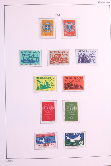 Netherlands 1959/1988 - Collection of stamps and stamp booklets in 3 albums