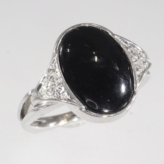 18 kt. White gold - Ring, Artistic Vintage 1970's Seventies - Onyx - Diamonds, Natural (untreated)