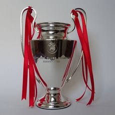 Liverpool - Trophy, Coupe UEFA soccer 2018-2019