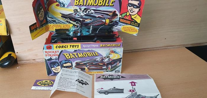 Corgi - 1:50 - Corgi Toys nr. 267 Batmobile  2nd issue