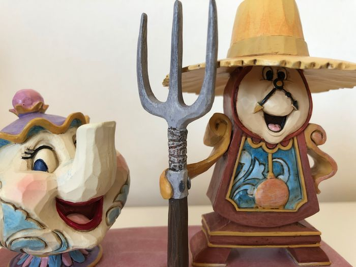 """Disney Showcase Collection - Beeldje - Disney Traditions - Beauty and the Beast - """"Workin round the clock"""" - First edition"""