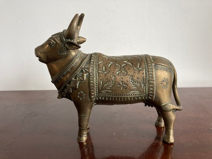 Nandi - Bronzo - India - XIX secolo