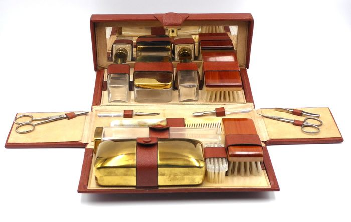 Antique Beauty case complete with perfume bottles / Leather travel set with key, 1950 - Gold laminate