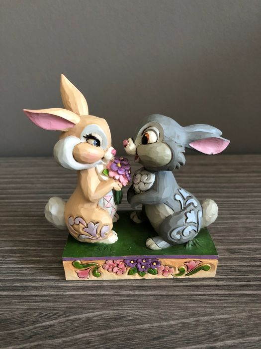 Disney Showcase Collection - Beeldje - Disney Traditions - Bunny Bouquet - Thumper & Blossom