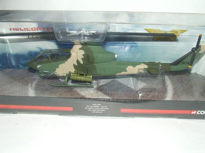 Corgi Toys - Hélicoptère helicopter legends AH-1G-COBRA - Unknown