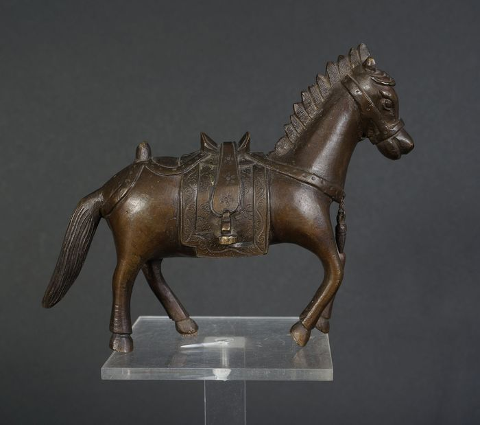 Antique Chinese bronze horse with, 19th century (1) - Bronze - China - 19th century