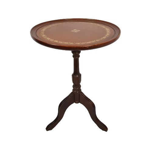Classic wine table with inlaid leather - Leather, Wood