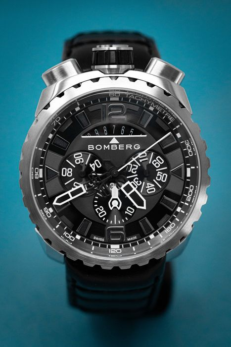 Bomberg - BOLT-68 Chronograph Watch Stainless Steel Leather Strap + Medallion and Chain - BS45CHSS.050-8.3 - Herren - Brand New