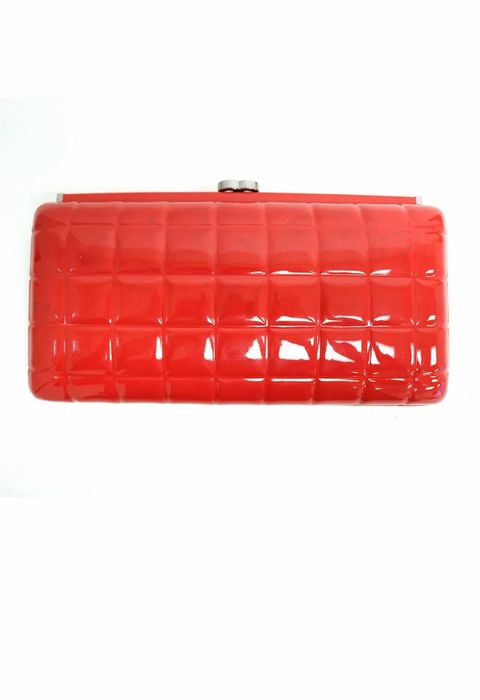 Chanel - Chanel Square Quilt Frame Clutch in Red Patent Clutch bag