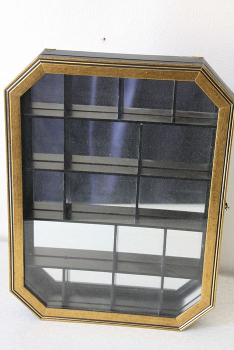 Octagonal wall display cabinet with gold edge - Glass, Wood