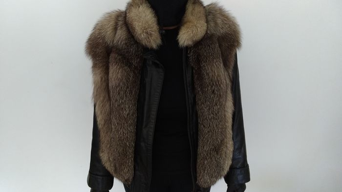 unknown - Fur, Leather - Coat