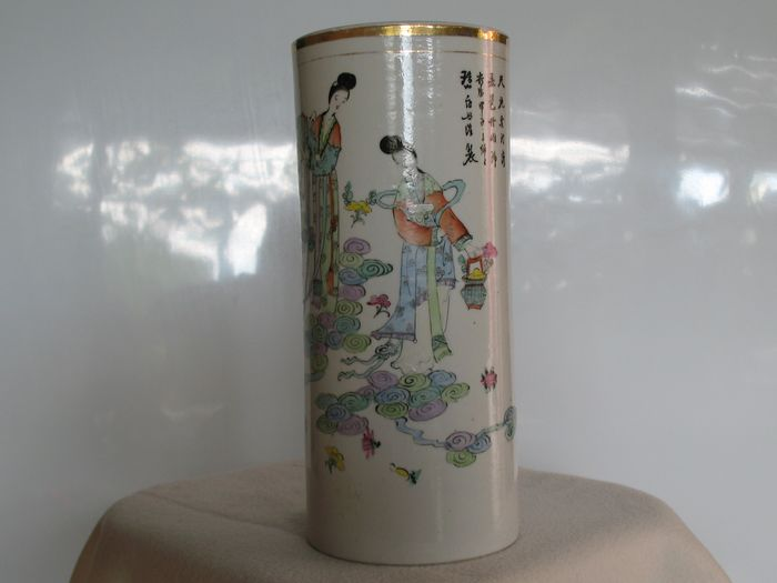 Hat stand (1) - Chinese dice - Porcelain - pot - porte chapeaux - China - Republic period (1912-1949)